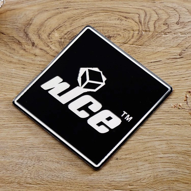 custom logo plates